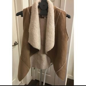 Xhilaration shearling vest